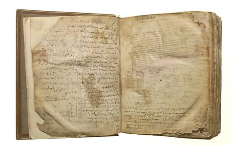 Des bibles très anciennes mises sur...